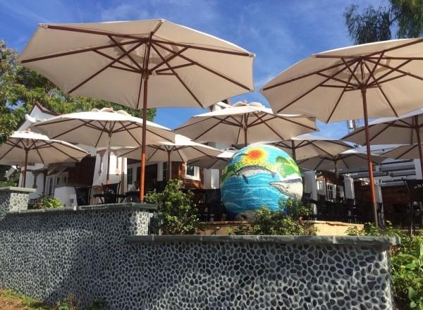 Urth Caffe Laguna Beach, CA