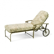 madero-cushion-chaise-lounge