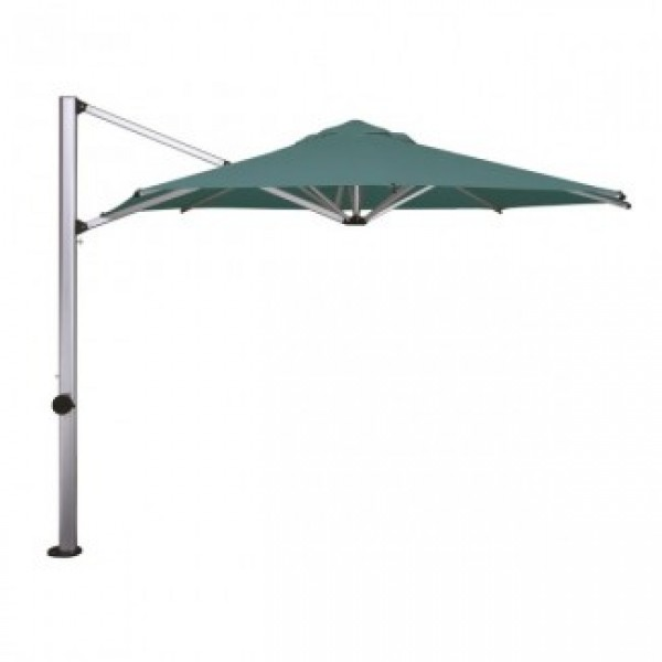 Lunada 10 Foot Octagonal Umbrella