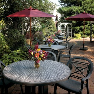 Grosfillex outdoor metal restaurant table