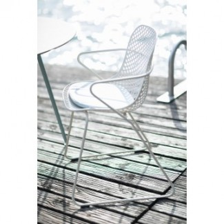 Grosfillex Ramatuelle Stacking Hospitality Arm Chair - Installation Photo