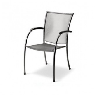 Pilo Arm Chair